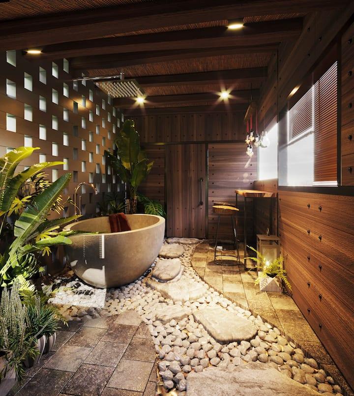 ROOFTOP BATHTUB/STREET VIEW BAR/LUXURY BATHROOM