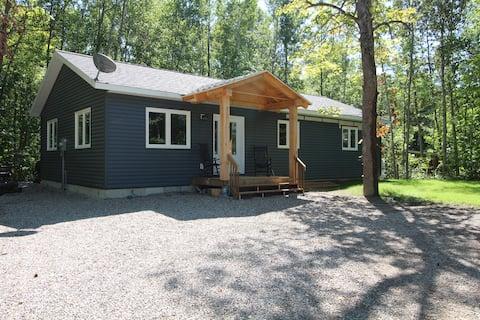New Bruce Peninsula Cottage