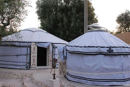 Yurta Tipi Tent Roulottes e spazio Caravan Tende - Astorara - Rundzelt
