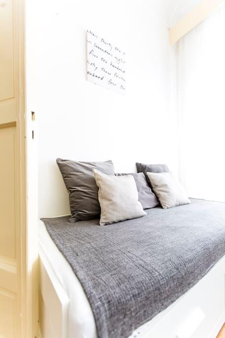 Main bedroom single bed