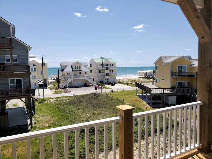 *NEW* Beach Home with Views and Amenities Galore