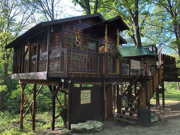 Serenity Creek Treehouse Hidden Valley Retreat
