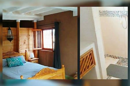 1 chambre dans maison en terre, 7 km de Taroudant