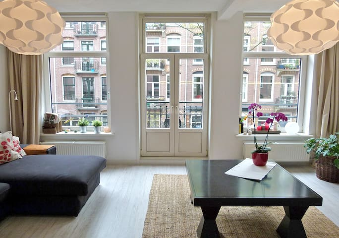 Bright and Spacious 100m2 Apartment - Amsterdam - Appartement