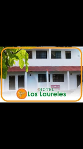 Hotel Los Laureles