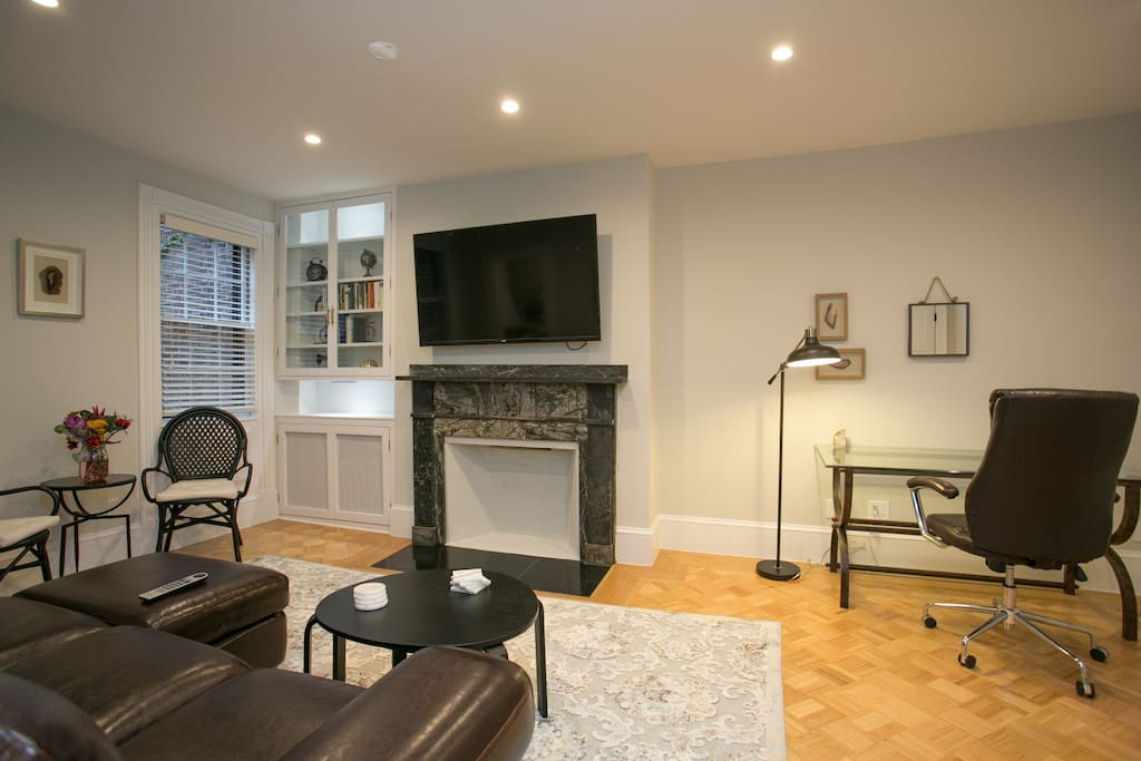 Ample room for your business group or family in our living room and kitchen.