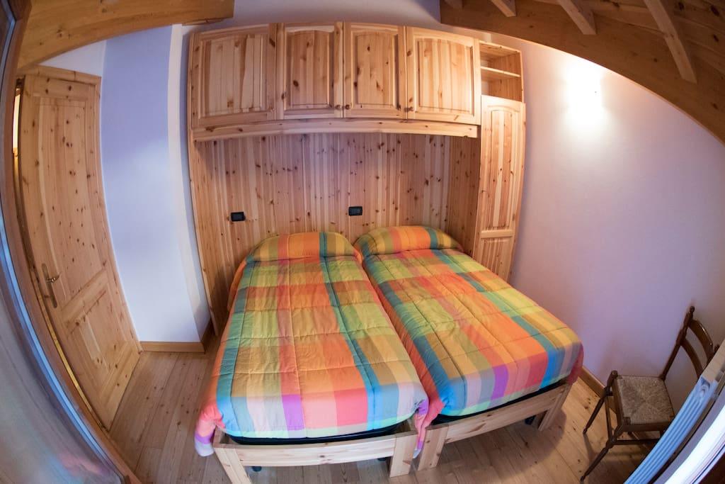 Camera da letto con Matrimoniale/due singoli