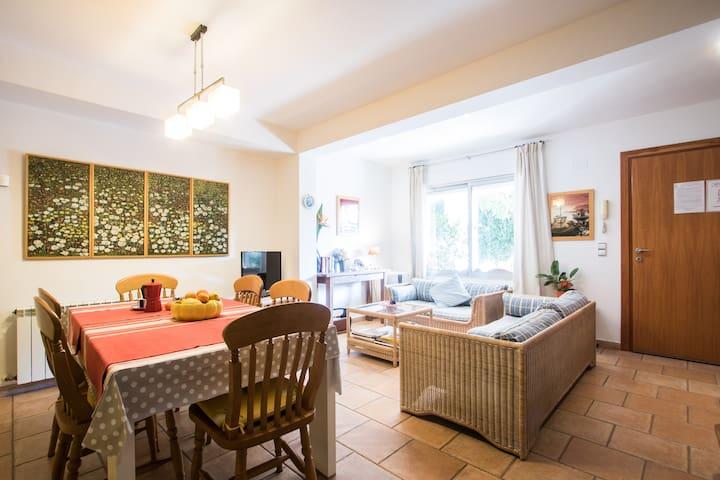CENTRAL HEATING Apartment Villamor