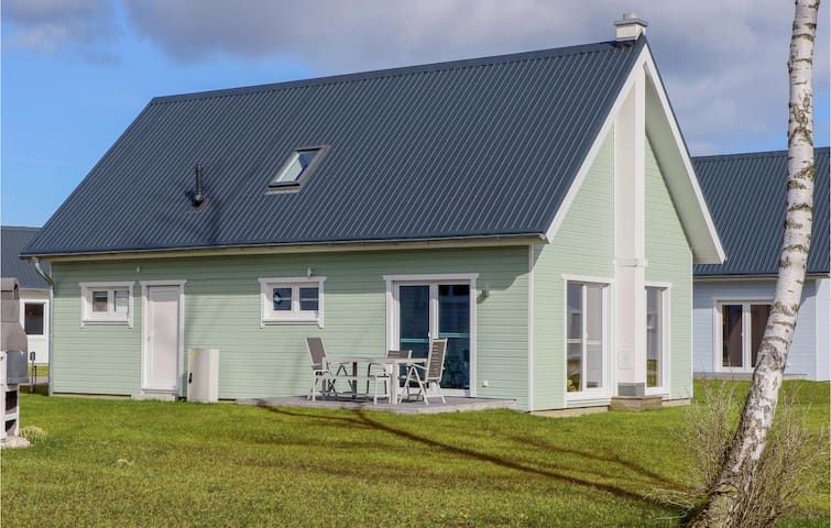 Holiday cottage with 3 bedrooms on 98m² in OstseeResort Olpenitz