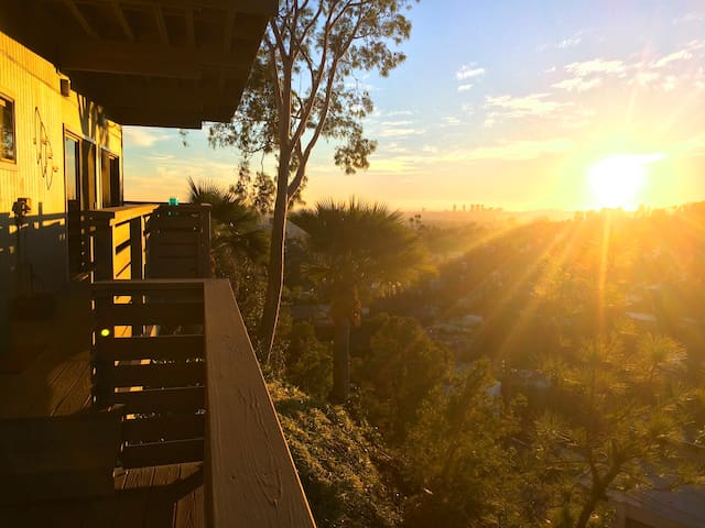 Hollywood Hills Retreat - Los Angeles