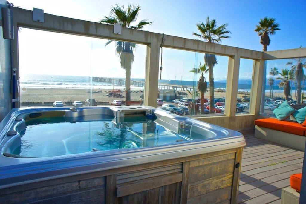 Rooftop Deck with Hot Tub