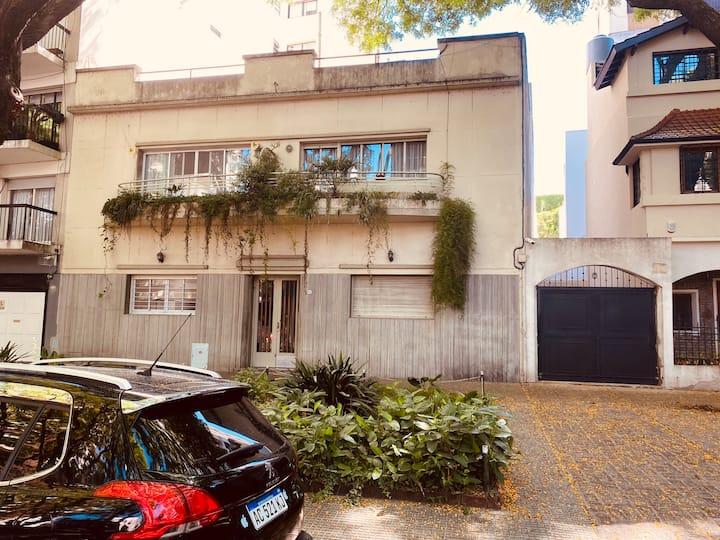 Casa con jacuzzi y barbacoa en la calle Melián.