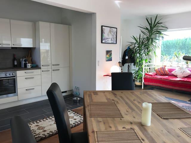 Large, bright room - near Gießen & Marburg City