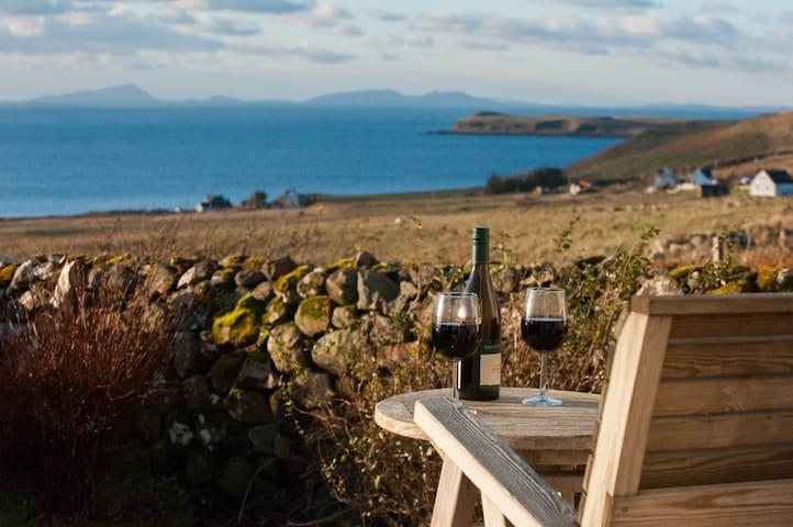 An Cala Beag (The Little Haven), Waternish, Skye