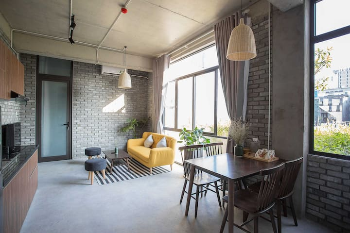 Family Suite (4 ppl) With Balcony - Han River View