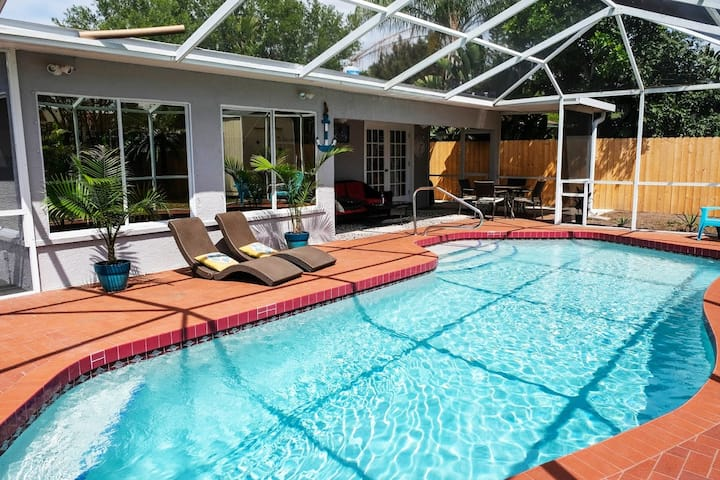 Your private retreat near Siesta Key Beach.
