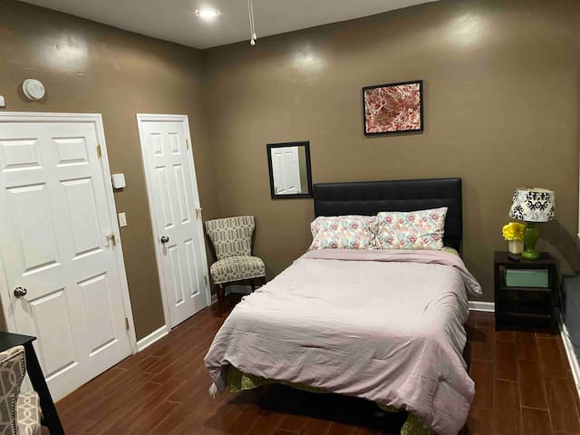 Private room near downtown in South Aiken