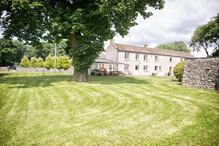 Brosterfield Farmhouse - Eyam - Rumah