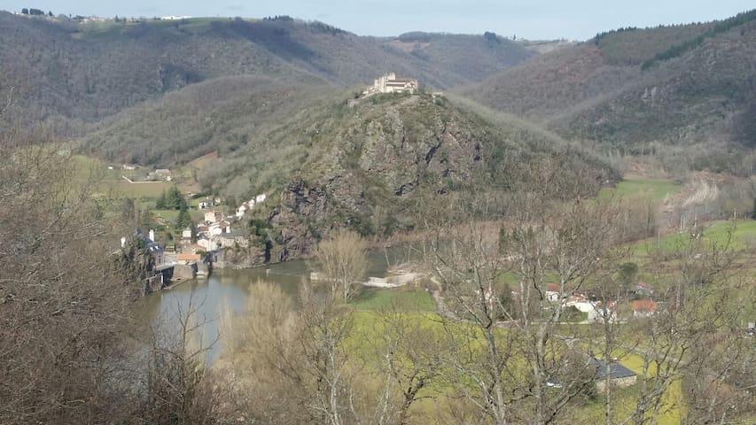 Un Endroit  Chaleureux vue sur le Tarn