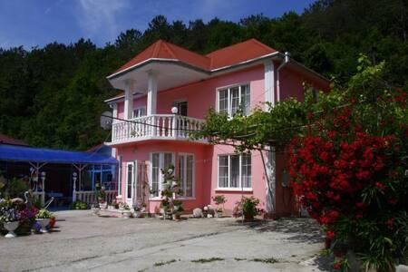 Отдых в Туапсе - Tuapse - Guesthouse