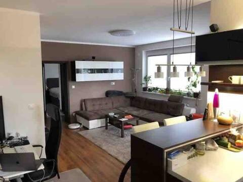 Bonito apartamento nuevo de 1 dormitorio en zona silenciosa