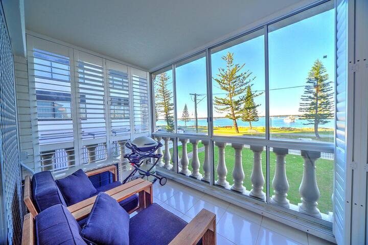 2BR Broadwater View Apartment