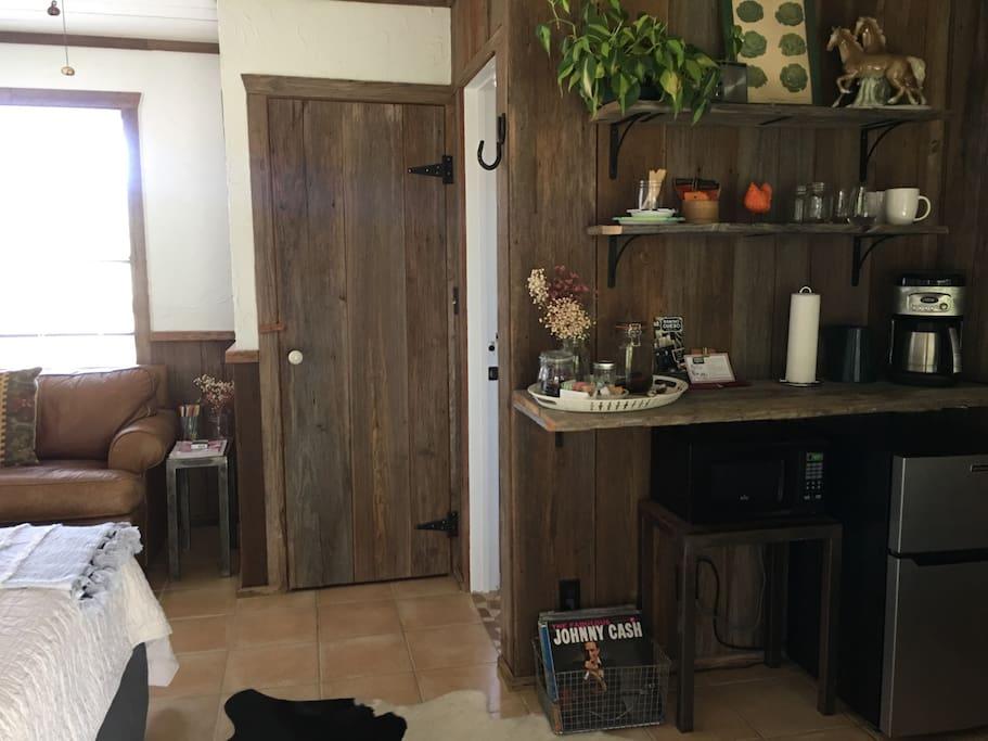 Kitchenette in main queen room