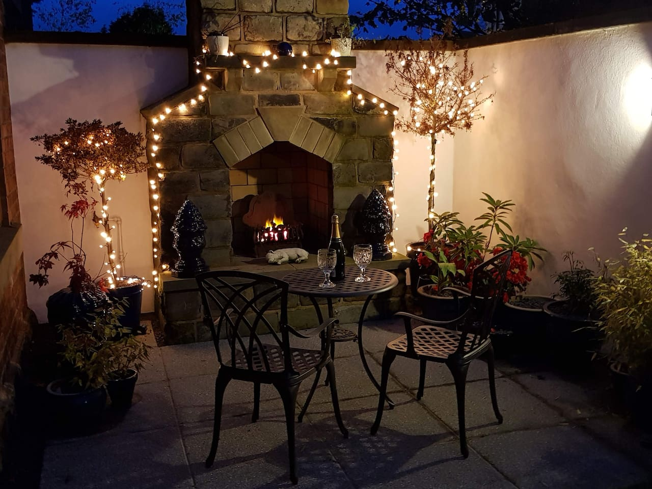 Enjoy a fire lit romantic evening  in your own private courtyard.