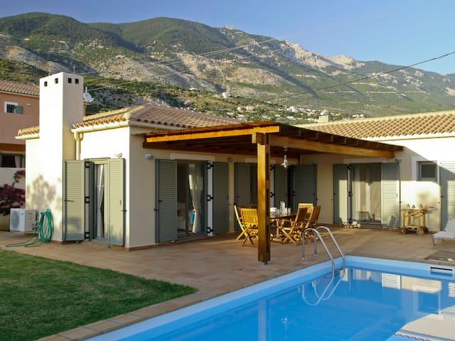 Villa Nora - Afrato - Casa de campo