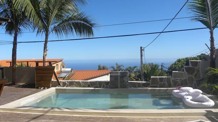 Villa de charme 3* vue mer et sa piscine privée