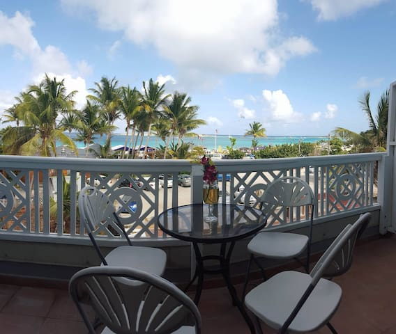 Oceanfront At Cozy Village Center - Saint Martin