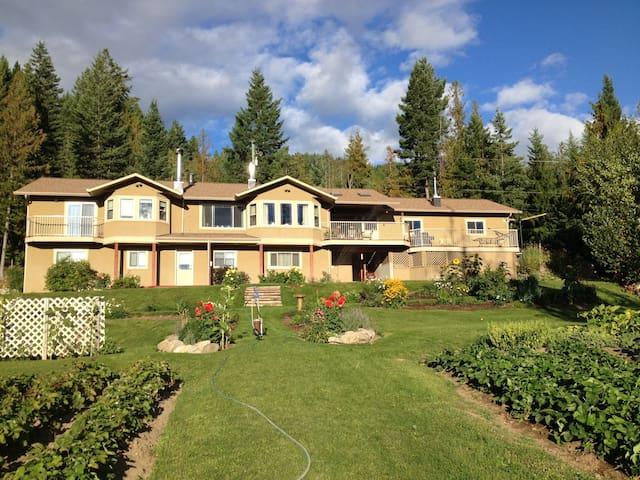 Mountain Paradise - Vernon - Rumah