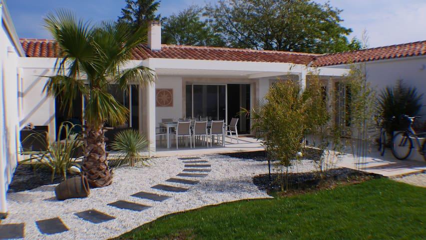 Villa T3 haut de gamme à 2' de la plage