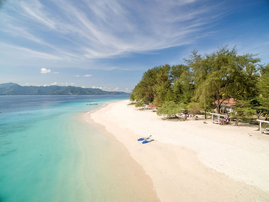 The peaceful & natural beauty of Gili Meno beaches with white sand.