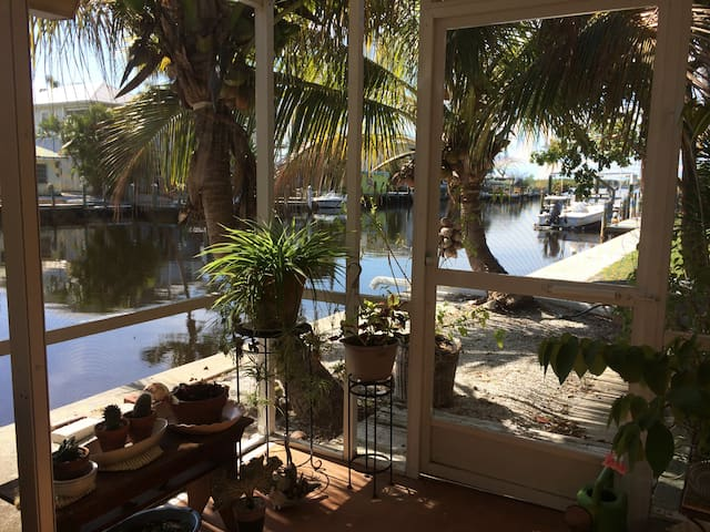 Matlacha Paradise pad - Matlacha - House
