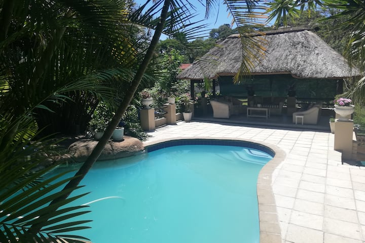 Private home, pool & lapa for holiday rental