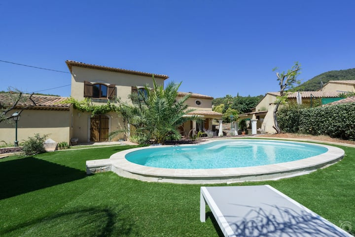 Belle villa provençale 180 m2 piscine, terrasse