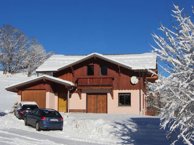 Chalets Lacuzon - Chalet Snow Paradise