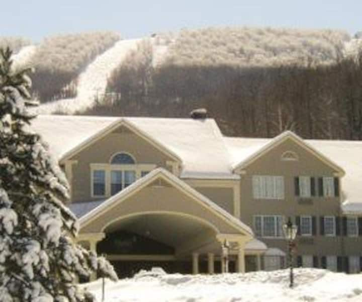 Jiminy Peak Country Inn 1 Bedroom Suite