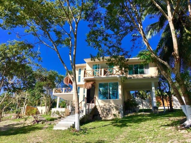 Casa Quinta Tatich en Xulha, Bacalar.