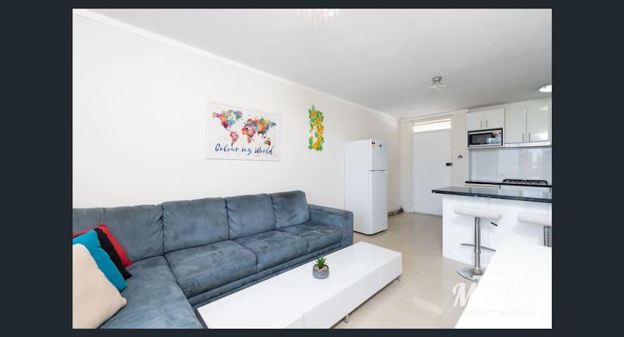 Fremantle Central Apartment