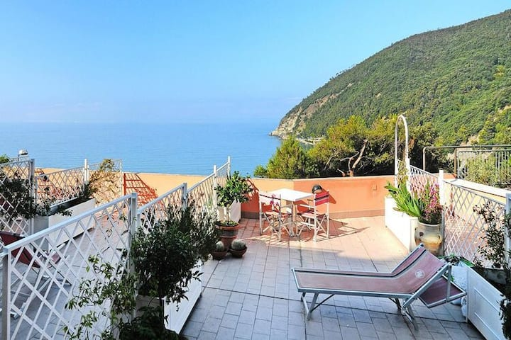 4 star holiday home in Moneglia