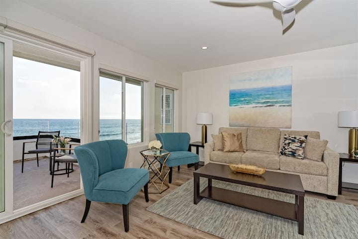 Luxury Beachfront Villa, Steps to Carlsbad Village - Penthouse B