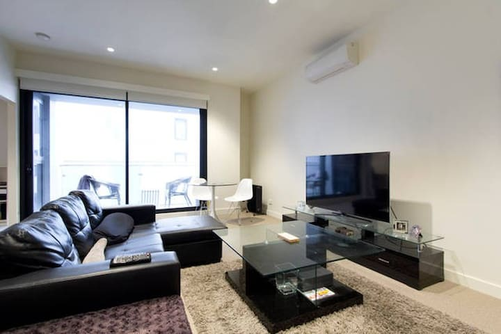 Deluxe Hotel Residence in heart of Melbourne CBD - Melbourne - Apartment