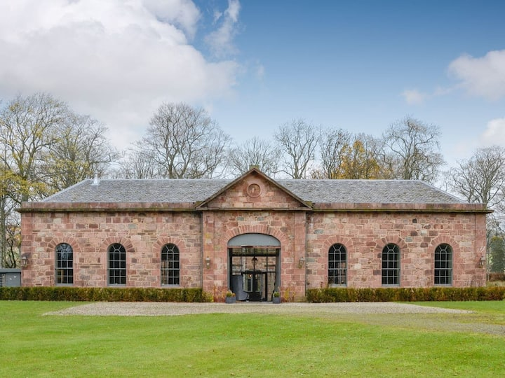 The Stables an Escape to the Country