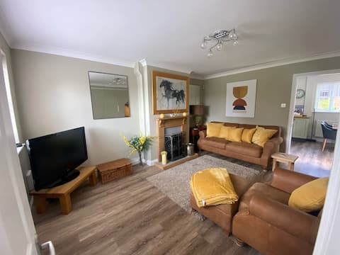 A 3 bedroom Semi close to the River Wye