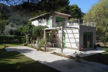 Brunello Apartments 3 - Paralia Agios Ioannis - Pis