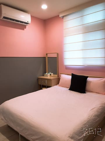 Kinting MRT Station 2 minutes. Independent Suite F