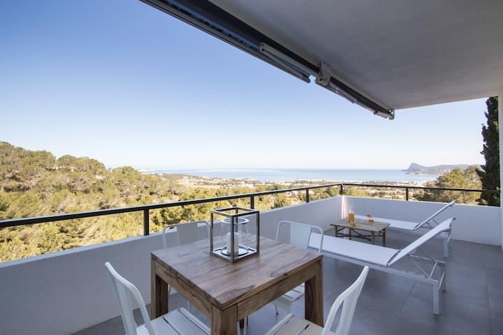Apartamento con terraza vistas al mar