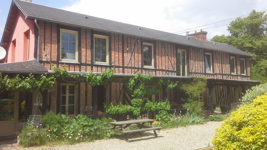 Chambre - Suite Normande - vue jardin